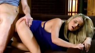 Perfect slut got her slurped off on free porn